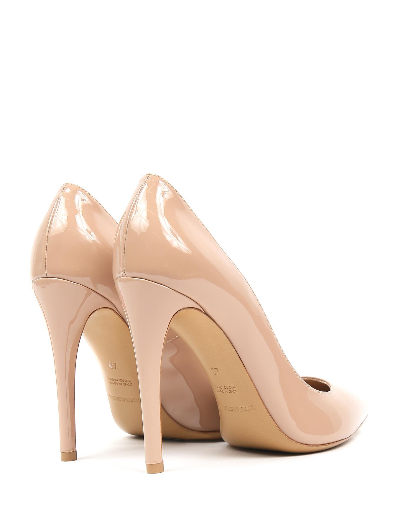 72339dc26655 Emporio Armani бежевые туфли-лодочки из лаковой кожи (367901) купить ...