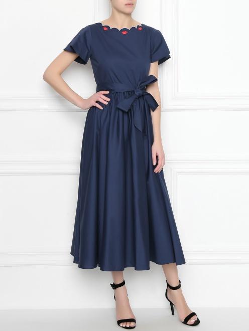 Платье из хлопка с расклешенной юбкой и вышивкой - Общий вид