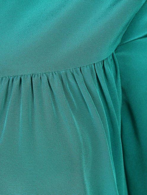 Платье свободного кроя с драпировкой - Деталь