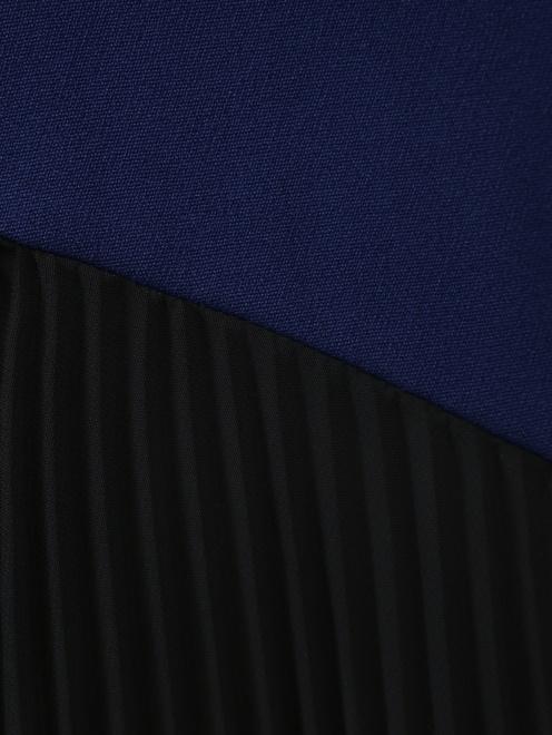Юбка-миди с контрастными вставками плиссировки - Деталь