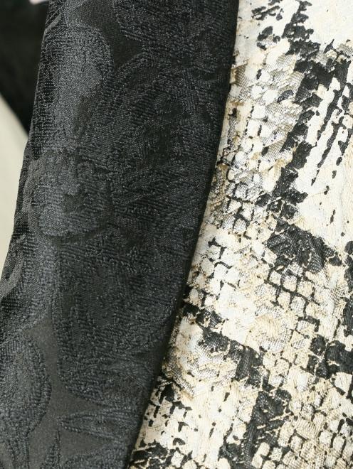Жилет с узором и декоративной кружевной отделкой - Деталь1