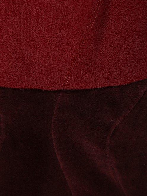 Платье-футляр с бархатной вставкой - Деталь
