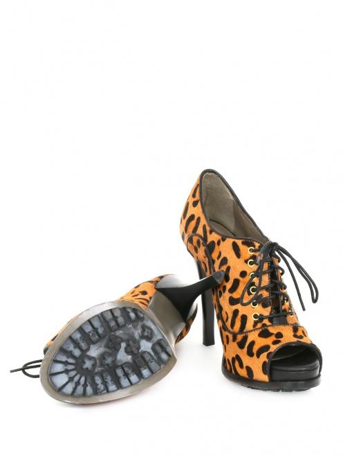Туфли на шнуровке с анималистичным принтом  - Обтравка5