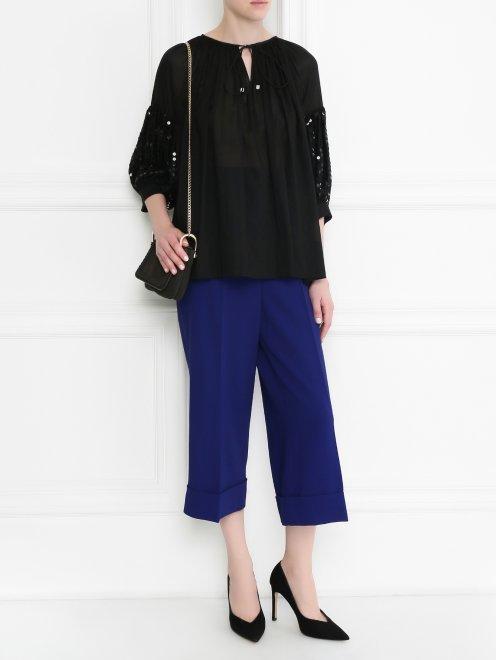 Блуза из хлопка свободного кроя декорированная пайетками - Модель Общий вид