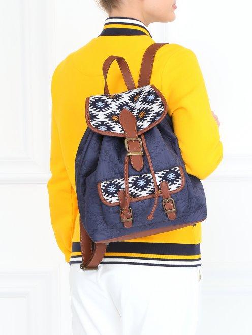 Рюкзак с принтоваными вставками  - Модель Верх-Низ