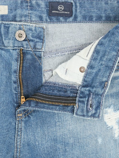 Укороченные джинсы прямого кроя с потертостями - Деталь1