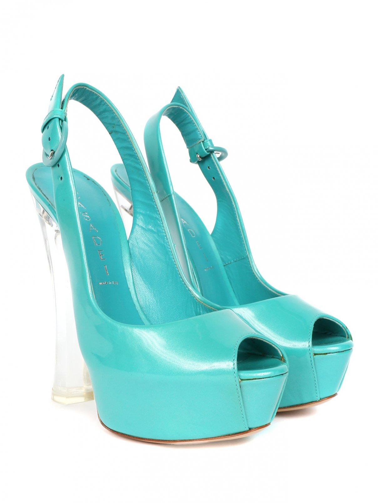 Босоножки из лаковой кожи на высоком каблуке Casadei  –  Общий вид  – Цвет:  Синий
